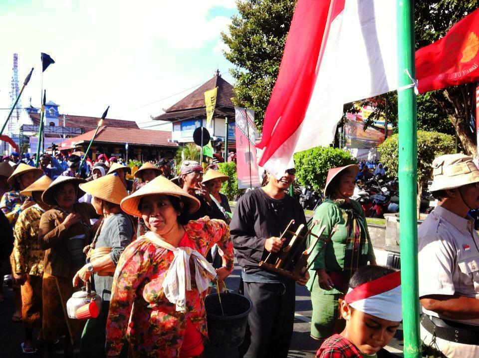 インドネシア・ジャカルタの平和なデモ