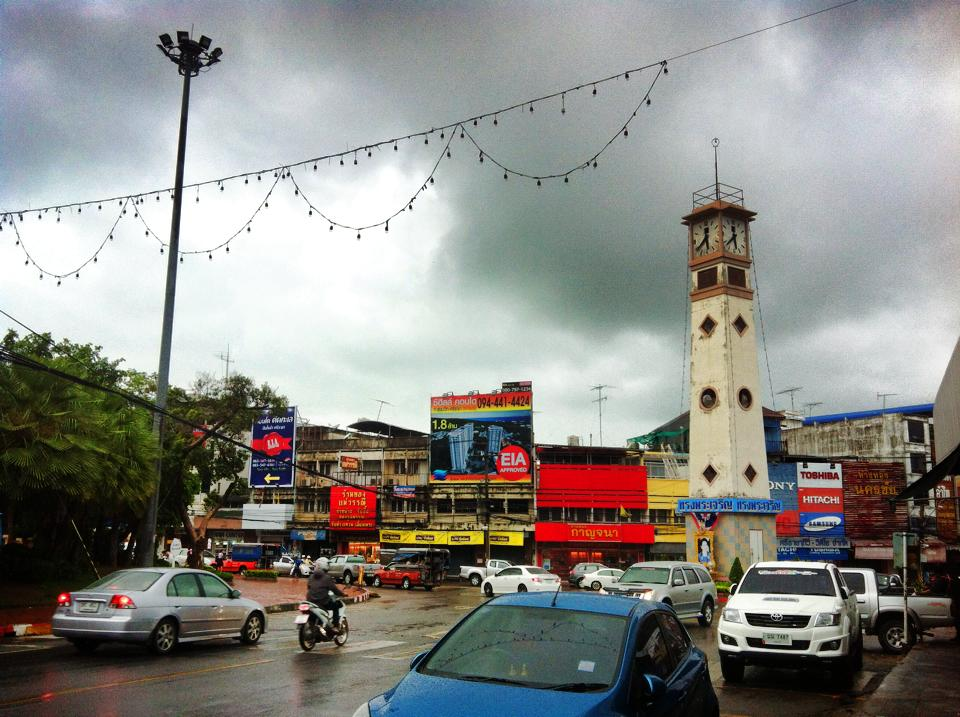 シラチャ中心部からやや外れた場所の交差点