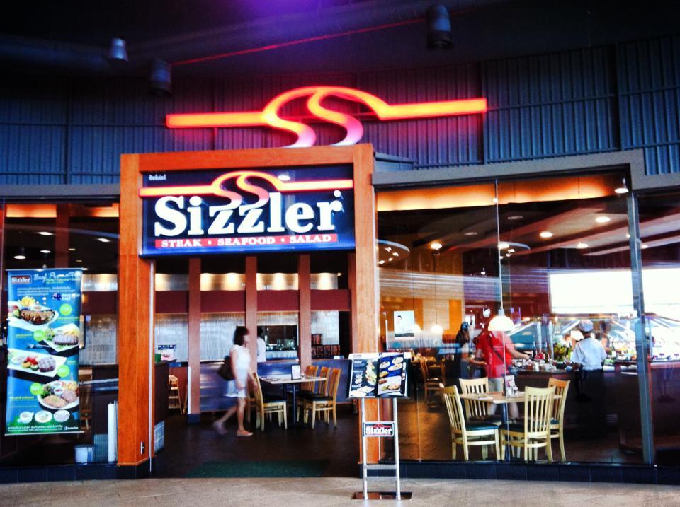 タイ・「Sizzler」(シズラー)のサラダバーが充実しすぎ。値段も189バーツだよ!