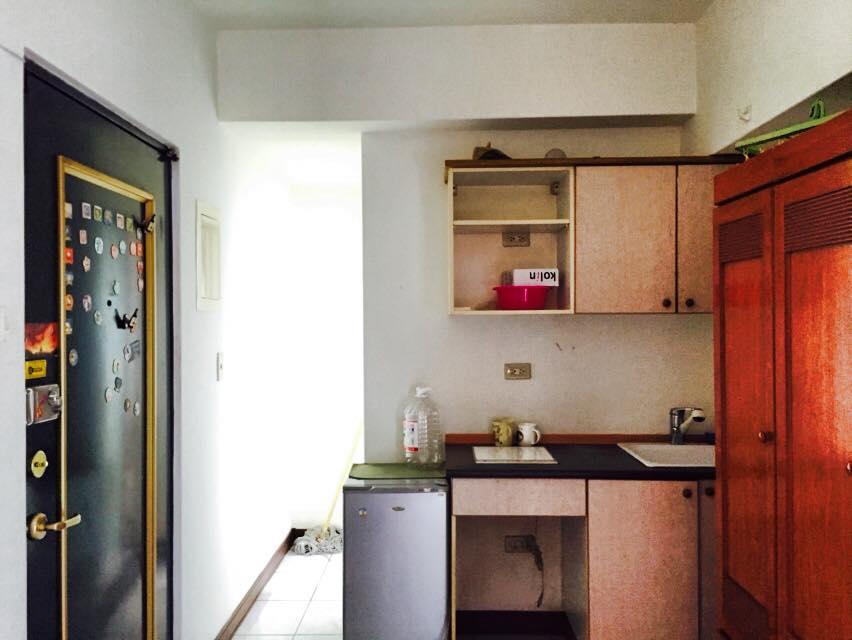台湾のマンションキッチン回り