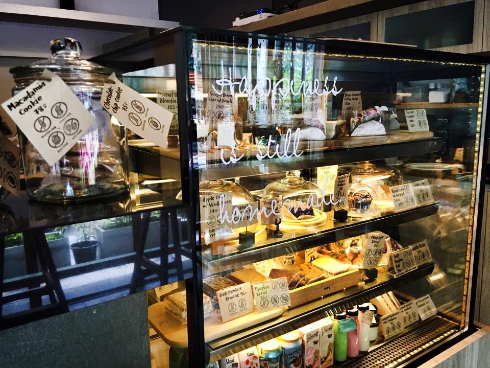 Theera Healty Bake Room Ekkamai Bangkok